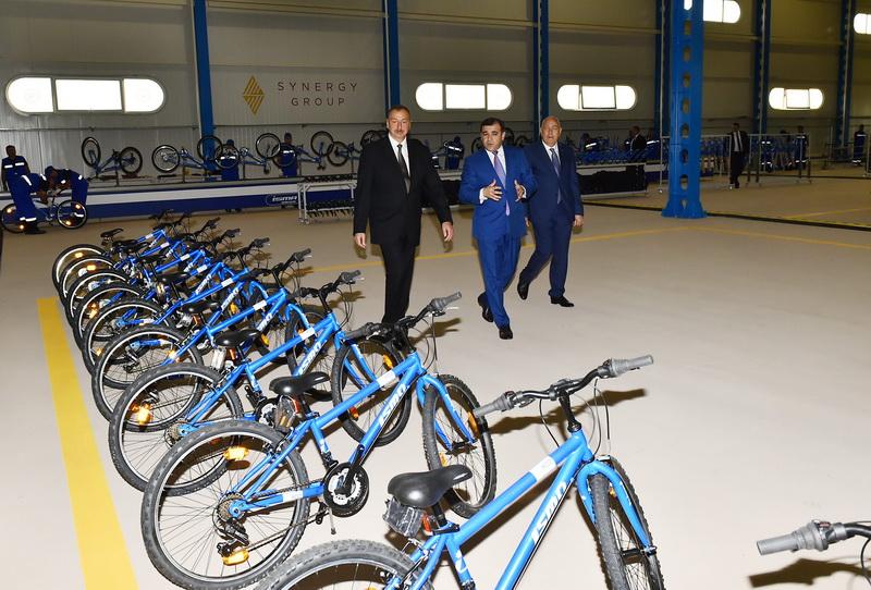 Prezident velosiped zavodunun achilishinda