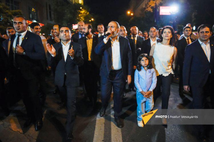 Ermənistandakı seçkinin iştirakçıları